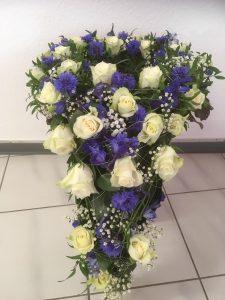 Bestattungen Sinn Blumenschmuck